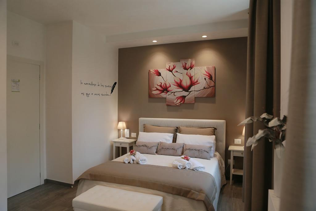 Apulia dream b b selva di fasano luxury b b valle d 39 itria - Camera matrimoniale romantica ...